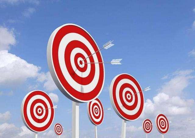 注册商标的优势来源于专有权及其本身的市场价值